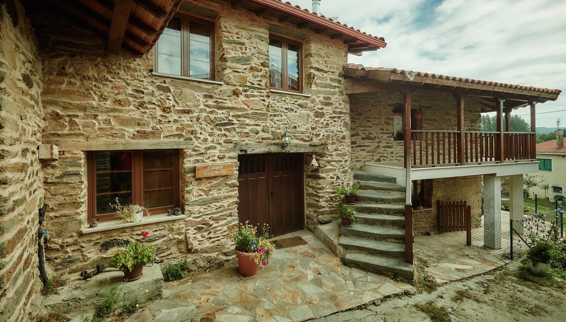 Casa ruperto ribeira sacra doade lugo for Casas viejas remodeladas