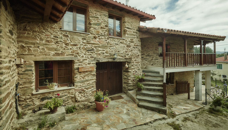 La casa casa ruperto ribeira sacra doade lugo - Casas rusticas gallegas ...